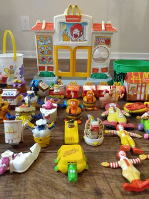 Mcdonald's Vintage HUGE Toys Lot with accessories RARE for Sale in Riverside, CA