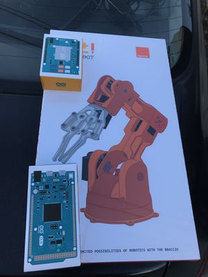 Robot arm with motherboard n chip for Sale in Woburn, MA