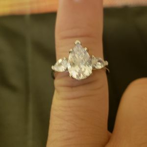 Luxury 925 Sterling Silver Moissanite Drop-shaped Ring for Sale in Haines City, FL
