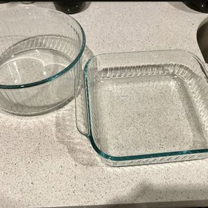 Pyrex baking dishes for Sale in San Diego, CA