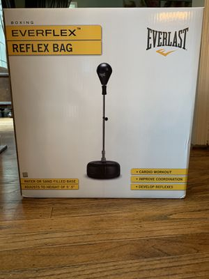 Everlast Reflex Punching Bag for Sale in Cherry Hill, NJ
