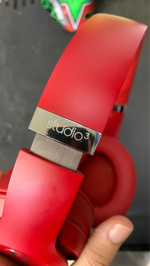 Beats by Dr. Dre - Beats Studio³ Wireless Noise Cancelling Headphones - Red for Sale in Fresno, CA