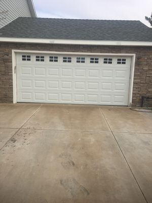 16 x 7 GARAGE DOOR for Sale in Las Vegas, NV