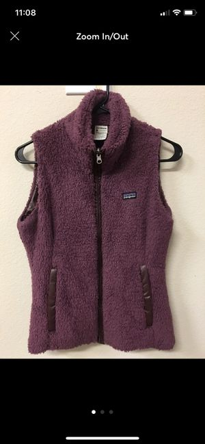 Patagonia W's vest reversible size S for Sale in Las Vegas, NV