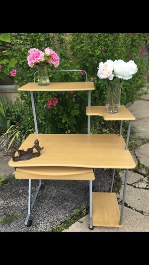 Tiered desk for Sale in Hinsdale, IL
