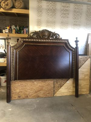 Solid wood king bed frame for Sale in Taylor, AZ
