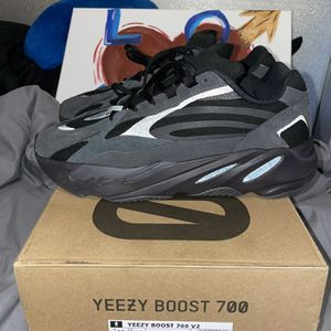 Yeezy Vanta 700 for Sale in Philadelphia, PA