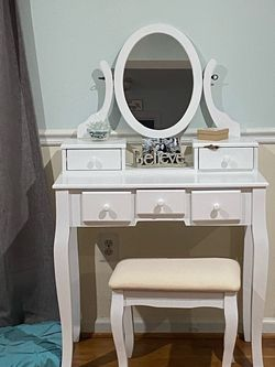 Vanity for Sale in Sterling,  VA