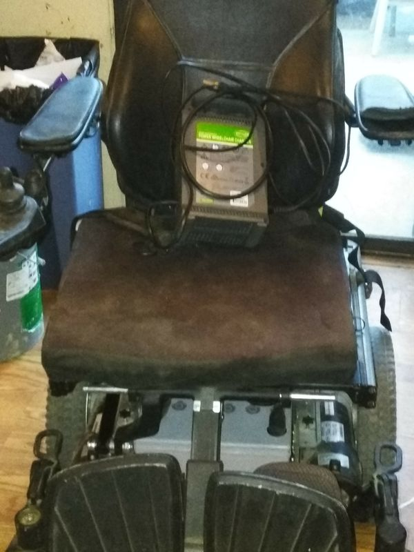 Eléctric wheelchair permobil m300 for Sale in Rialto, CA - OfferUp