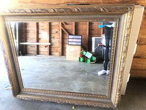 Beautiful antique mirror for Sale in Fresno, CA