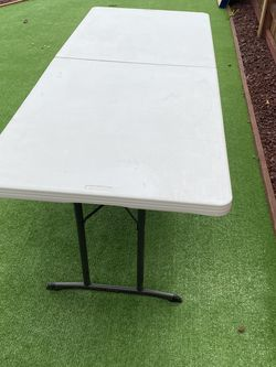 Folding Table 6ft for Sale in Spring Valley,  CA