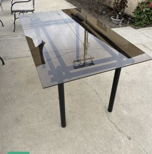 Table with 4 chair for Sale in Irvine, CA