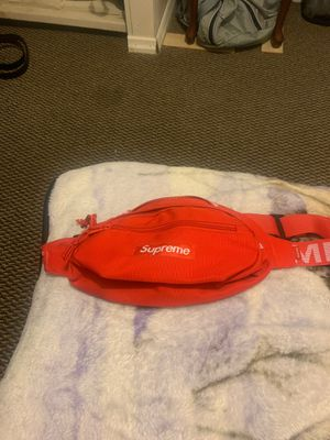 Red supreme waist bag for Sale in Philadelphia, PA