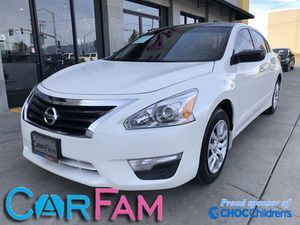 2015 Nissan Altima for Sale in Bloomington, CA
