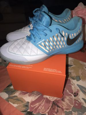 Nike Lunar Gato II Indoor Soccer Shoes size 9 for Sale in San Jose, CA