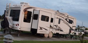 Americana GS-39 Fifth Wheel Trailer for Sale in Scott Air Force Base, IL