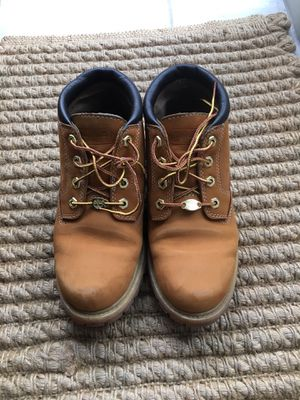 Like New 7.5M Timberland Shoes for Sale in Seattle, WA