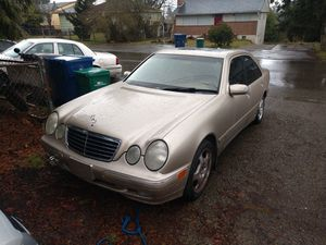 Parting Out 2001 Mercedes Benz E430 for Sale in Seattle, WA