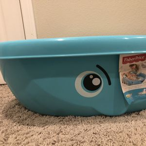 Fisher Price Whale Baby tub for Sale in Rancho Cucamonga, CA