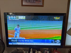 50 inch PLASMA TV and sound bar for Sale in Roselle, IL