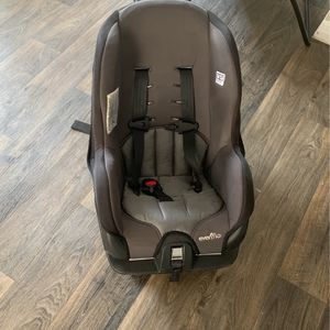 Evenflo Car Seat For One To Three Year Old - Free for Sale in West Palm Beach, FL