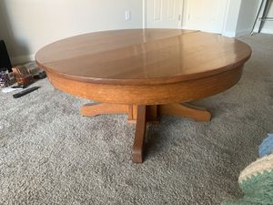 Antique Coffee table for Sale in Chandler, AZ
