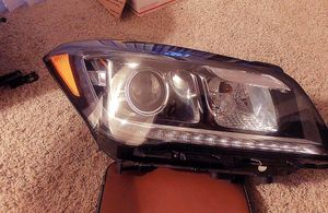 2015-2018 Hyundai Genesis headlights. Front Left and right side. for Sale in La Mesa, CA