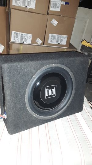 Dual speaker and amplifier for vehicle for Sale in Chesapeake, VA