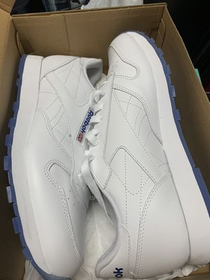 Reebok NEW white leather men's size 10 for Sale in Santa Clara, CA