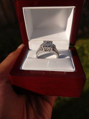 Lady's Diamond Engagement ring sz6 new for Sale in Chicago, IL