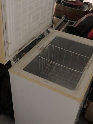 Deep freezer for Sale in Miami, FL