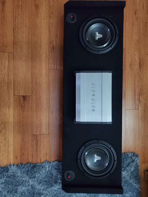 JL AUDIO box and HIFONICS BRUTUS amp for Sale in Los Angeles, CA