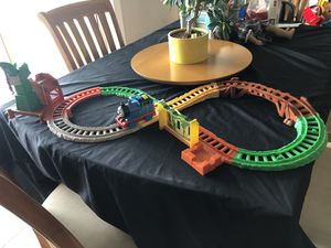 Fisher Price Thomas and Friends All Around Sodor on Figure 8 Track for Sale in Lake Mary, FL