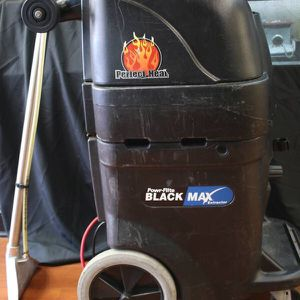 Power- Flite Black Max Carpet Extractor for Sale in Newport News, VA