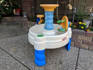 Little tikes water sand table for Sale in Roseville, CA
