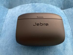 Used Jabra Elite Active 65t Earbuds in Copper Black for Sale in Miami Beach, FL