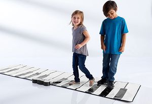 Sharper Image Giant Piano Mat for Sale in Chicago, IL
