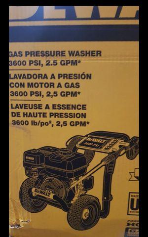 DEWALT GAS 3600 PSI GAS PRESSURE WASHER WITH HONDA ENGINE BRAND NEW for Sale in San Bernardino, CA