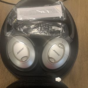 Bose QuietComfort 15 Noise Canceling Headphones for Sale in San Diego, CA