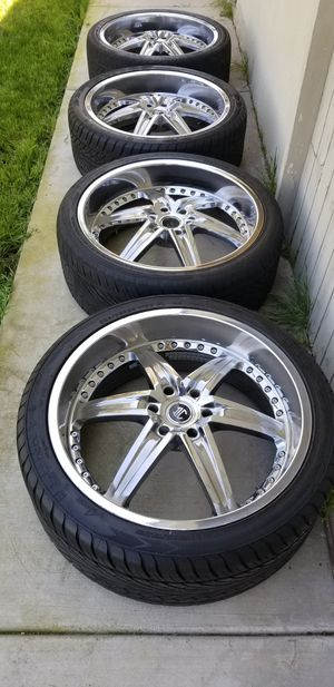 """24"""" CHEVY/GMC WHEELS AND TIRES for Sale in Ontario, CA"""
