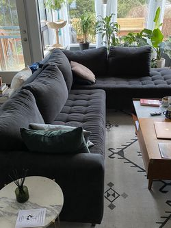 Navy Chaise Sectional For Sale for Sale in Mukilteo,  WA