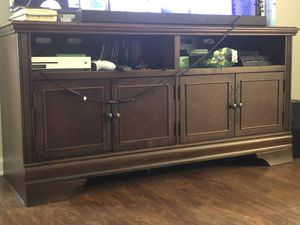 Ashley entertainment center. Less than year old for Sale in Shelbyville, TN