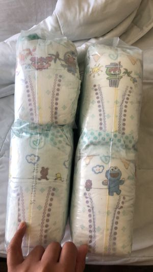 120 Size 2 pampers for Sale in Fort Worth, TX