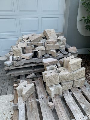 Pavers and wood panel for Sale in Brandon, FL