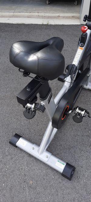 Spin bike. Yosuda sport. Upright bike for Sale in Spring Hill, FL