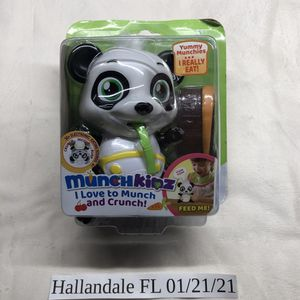 New Munchkinz Interactive pet Panda with 30+ Sounds and Movement for Sale in Hallandale Beach, FL