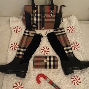Burberry Set for Sale in Houston, TX