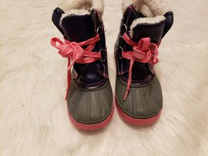 Gymboree girls snow boots size 11 for Sale in North Andover, MA