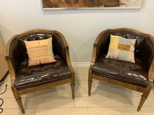 Pair of Beautiful leather chair, for Sale in San Diego, CA