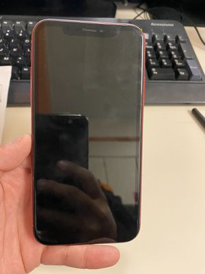 iPhone XR (red) for Sale in Los Angeles, CA